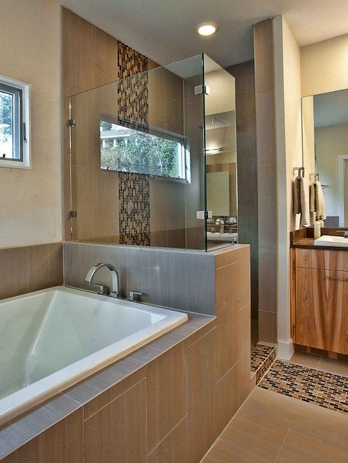Staggered tile houzz - Bathroom tile vertical stripe ...