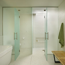 Midcentury Bathroom by DeForest Architects