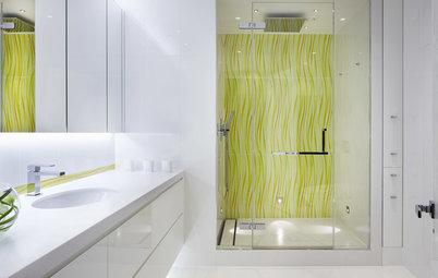 Osez la douche colorée pour donner du peps à votre salle de bains