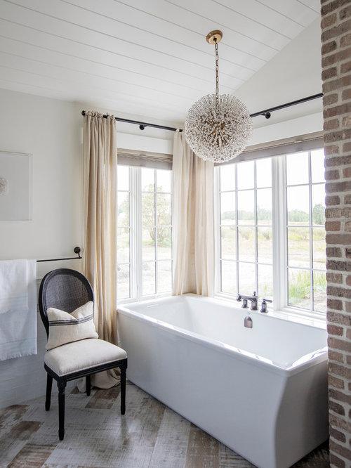 Ideas para cuartos de ba o fotos de cuartos de ba o de estilo de casa de campo con ba era - Bano con banera esquinera ...