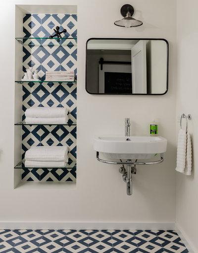 Modern Bathroom by colorTHEORY Boston
