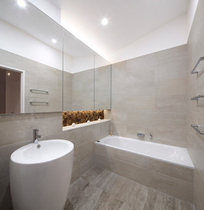 Modern Bathroom by Brindabella Home Improvements