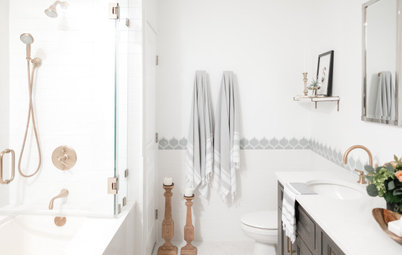 Bathroom of the Week: Bright and Stylish With a Roomy Shower-Tub