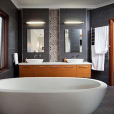 Contemporary Bathroom by Nulook Homes