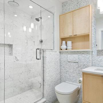 Lauder Ave Main Bathroom