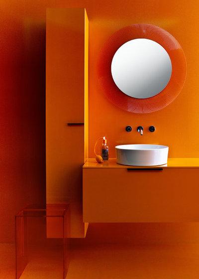 Bathroom by Carera Bathroom Pte Ltd