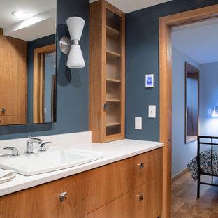 Laurelhurst Mid-Mod Basement Suite