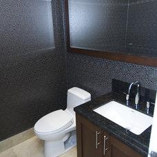 Eclectic Bathroom by BiglarKinyan Design Planning Inc.