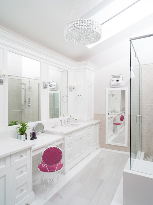 White bathroom cabinets houzz for Master bathroom white