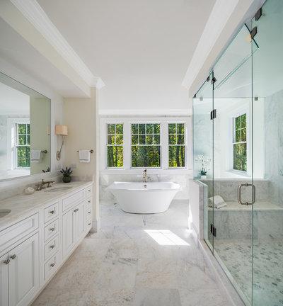 Traditional Bathroom by Bethesda Builders Ltd.