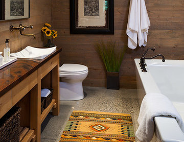 Lazy Heart Ranch | Guest Bathroom