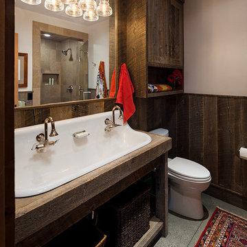 Lazy Heart Ranch | Guest Bathroom