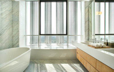 Bathroom Tour: Sky-High Serenity to Bathe in