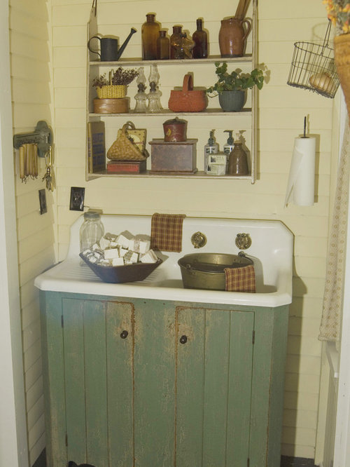Best Farmhouse Country Primitive Bathroom Design Ideas & Remodel Pictures | Houzz