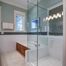 Traditional Bathroom by William Johnson Architect