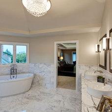 Modern Bathroom by Jane Kelly, Kitchen and Bath Designer