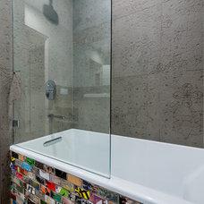 Contemporary Bathroom by Streamline Development