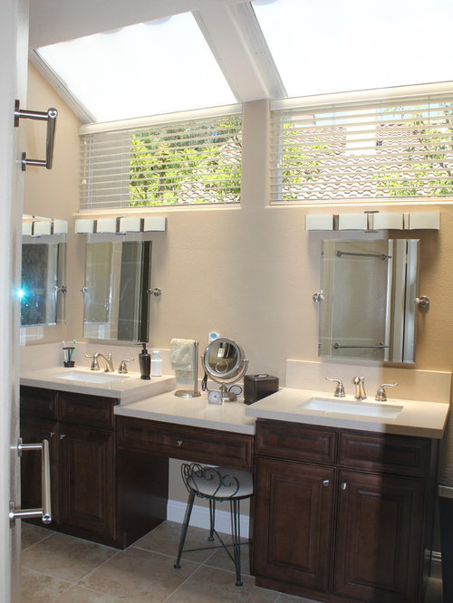 Expansive orange county bathroom design ideas renovations for Bath remodel orange county