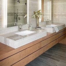 Contemporary Bathroom by Plum Design West, Inc.