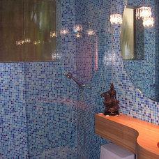 Modern Bathroom Lily's House