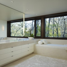 Modern Bathroom by Robbins Architecture