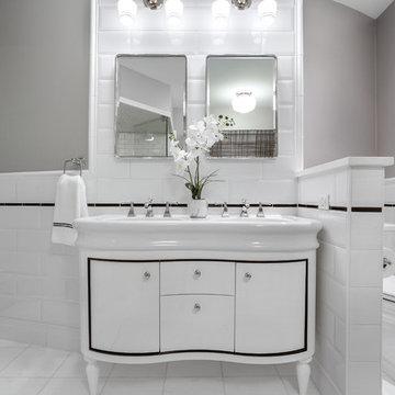 Lincoln Park Loft Bathroom Design