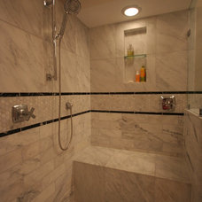 Traditional Bathroom by Habitar Design