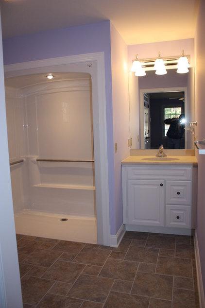 Traditional Bathroom by Spectrum Construction & Development Co., Inc.