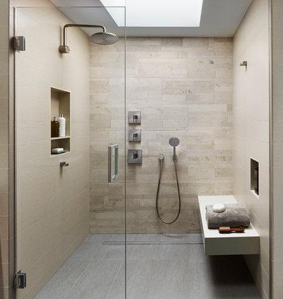 Moderne Salle de Bain by k YODER design, LLC