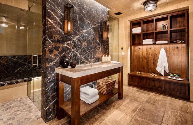 Rustic Bathroom by Wade Weissmann Architecture