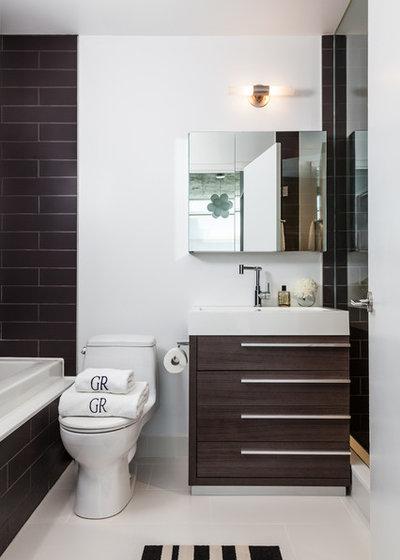 moderno stanza da bagno by rad design inc