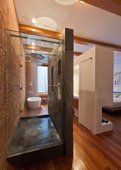 Contemporary Bathroom by JENDRETZKI LLC