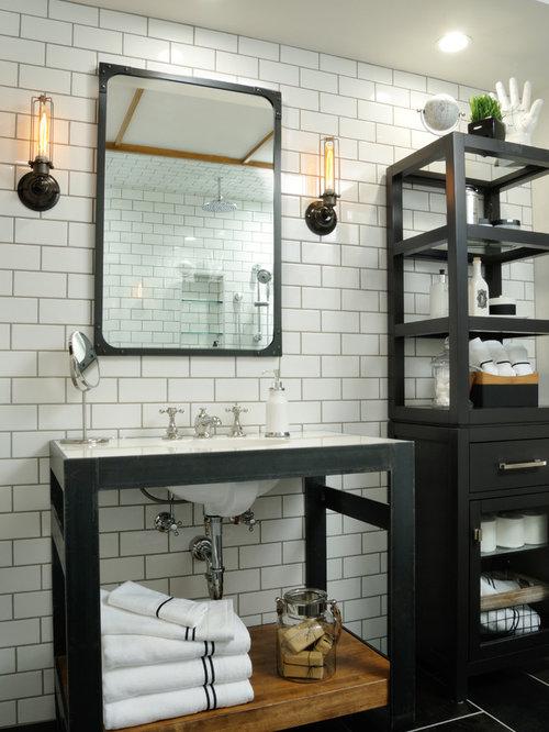 Industrial badezimmer mit waschtischkonsole design ideen for Badezimmer industriedesign