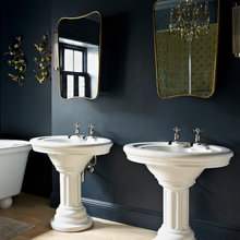 10 Ways Mirrors Can Transform Your Bathing Space