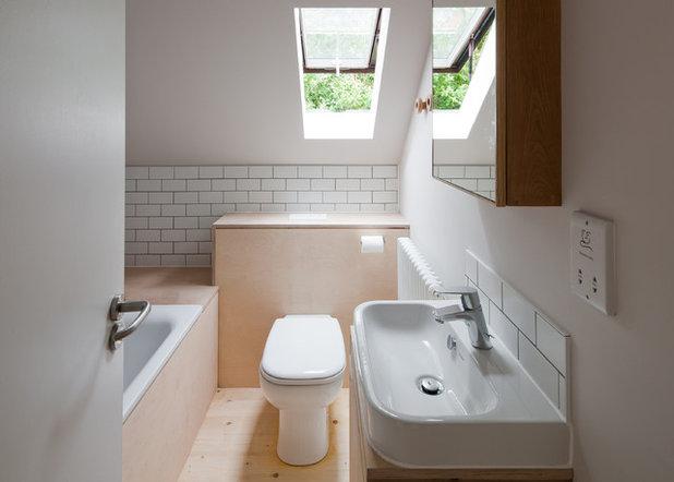 Scandinavian Bathroom by Mailen Design