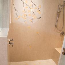 Contemporary Bathroom by Kristine LeVernois, CKD, CBD, CAPS Neil Kelly Co.