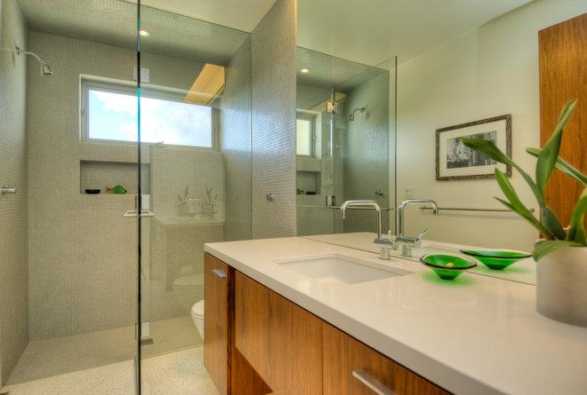 Modern Bathroom by Bertram Architects