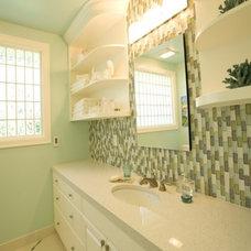 Modern Bathroom by Lord Design