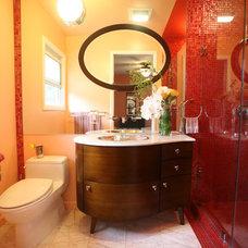 Modern Bathroom by Susan Diana Harris Interior Design