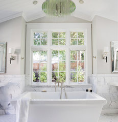 traditional bathroom by Design Discoveries