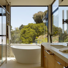 Contemporary Bathroom by Aleck Wilson Architects