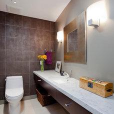 Modern Bathroom by Elevation Architects
