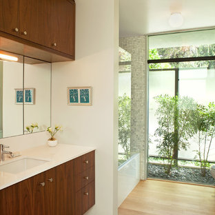 Exceptionnel Bathroom   Large 1960s Gray Tile, White Tile And Mosaic Tile Light Wood  Floor And