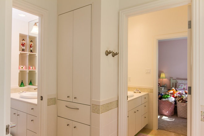 4901133500cf8aab_8735-w660-h439-b0-p0--traditional-bathroom Cape Cod Home Remodeling Magazine on cape cod flooring, cape cod additions and remodeling, cape cod homes before and after, cape cod insulation, cape cod additions floor plans, cape cod basement remodeling, cape cod windows, cape cod apartments, cape cod house, cape cod gutters, cape cod style homes, cape cod construction, cape cod advertising, cape cod graphic design, cape cod additions ideas, cape cod concrete, cape cod remodeling ideas, cape cod custom homes, cape cod interior paint, cape cod travel,