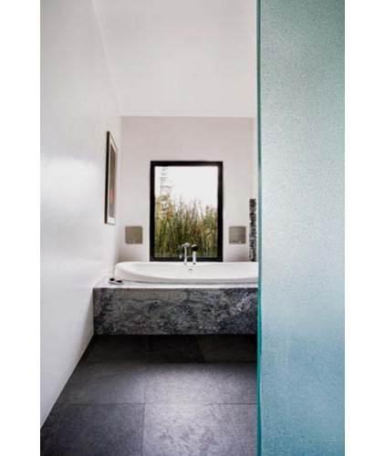 Modern Bathroom by Quezada Architecture