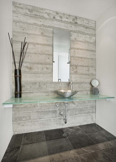 Contemporary Bathroom by Quezada Architecture