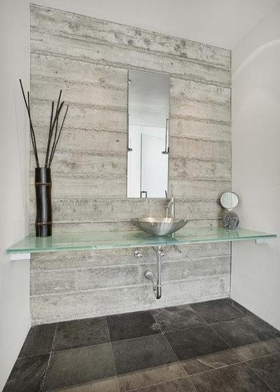 Contemporary Bathroom by Quezada Architecture