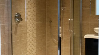 Low level shower enclosure with 2 way diverter thermostatic shower mixer valve