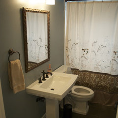 eclectic bathroom lowcountryliving