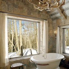 Rustic Bathroom by Big-D Signature